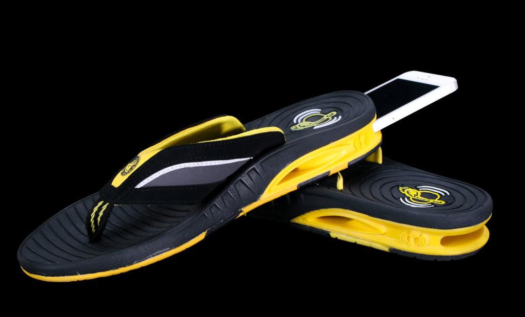Smartphone accessory shoe product prototype